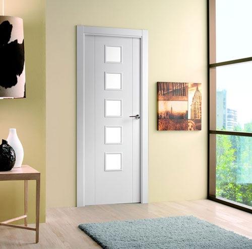 Puertas de interior lacadas en blanco for Puertas de madera blancas precios